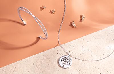Nature inspired diamond jewelry